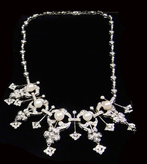 1010A: 14kt gold, diamond & pearl necklace