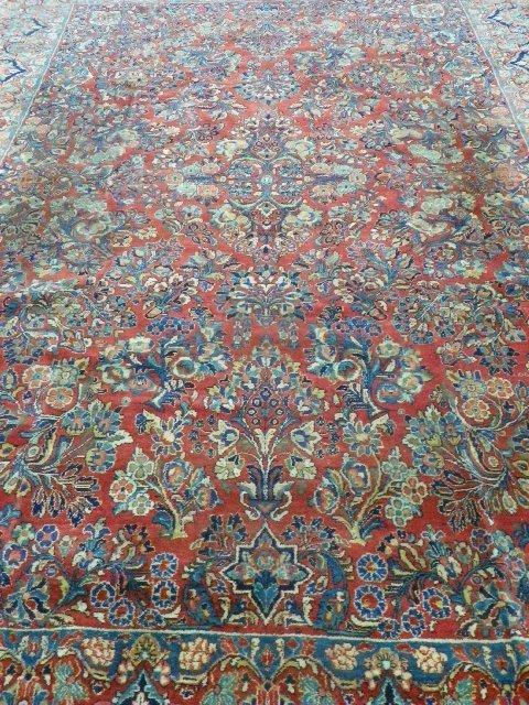 9: Room size Sarouk rug