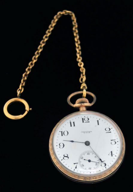 1013: Gold plated Waltham men's open face pocket watch