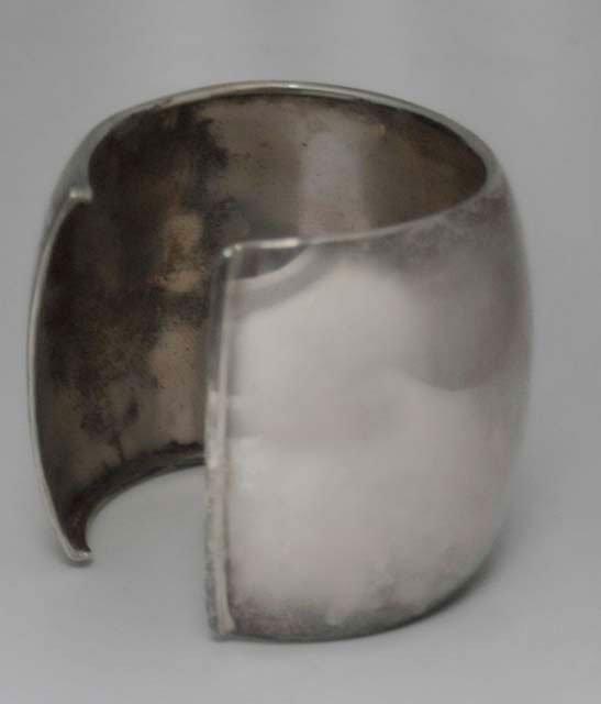1016: 925 silver cuff bracelet