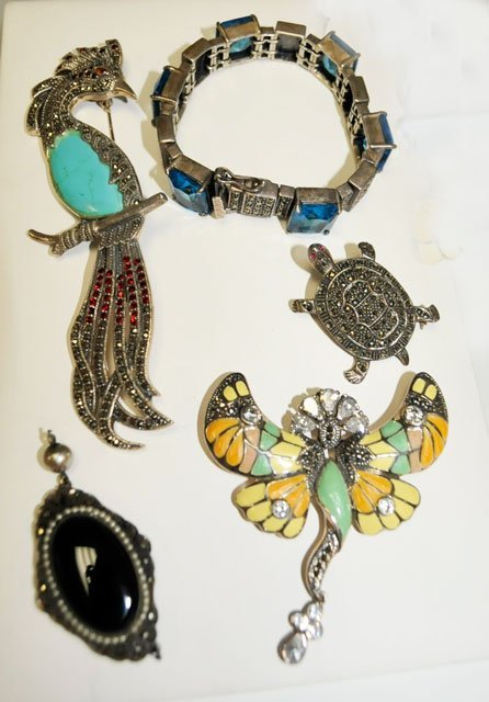 1007: Group lot 4 pieces sterling & marcasite jewelry
