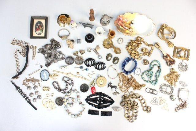 1003X: Group lot of costume jewelry & odd bric a brac