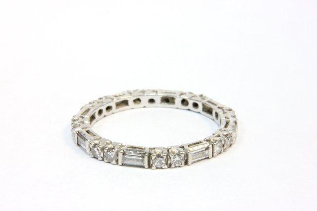 1008: Diamond wedding band
