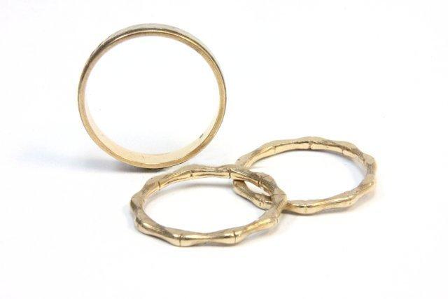1016: 3 14kt gold bands