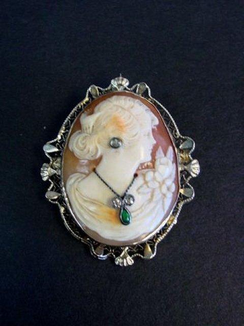 10kt gold, diamond & emerald Art Nouveau cameo