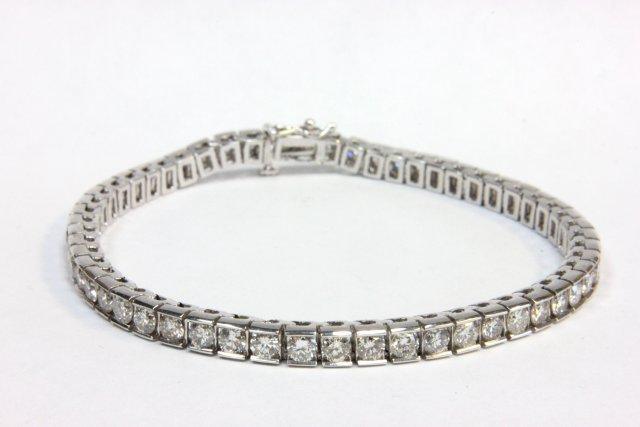 14kt white gold ladies diamond channel bracelet