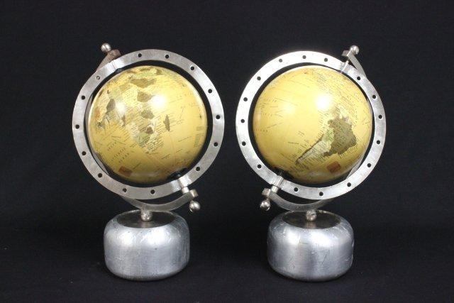 Pair globes