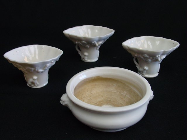 Group lot of Asian porcelain