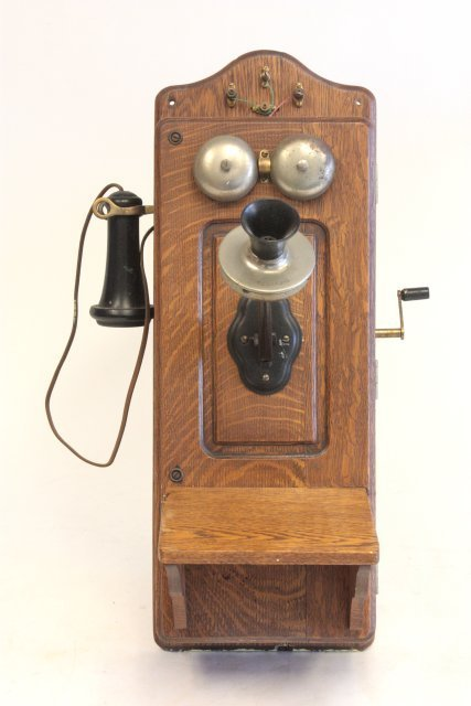 Oak telephone ca. 1900