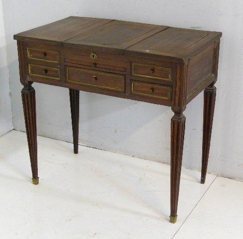 18th c. mahogany mirrored vanity table
