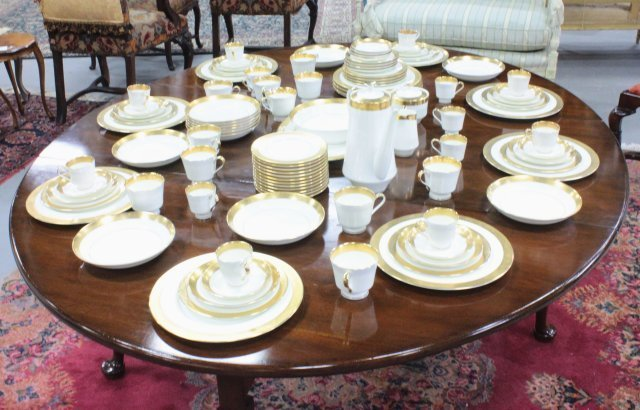 "Mikasa bone China dinnerware set ""Harrow"" pattern - 9"