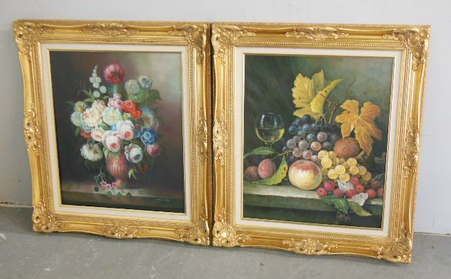 "Pair gilt framed oil painting ""Flowers in Urn"""