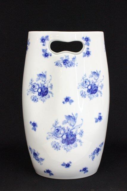 Large blue & white porcelain Ancap vase