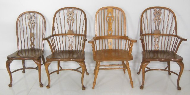 4 Windsor chairs