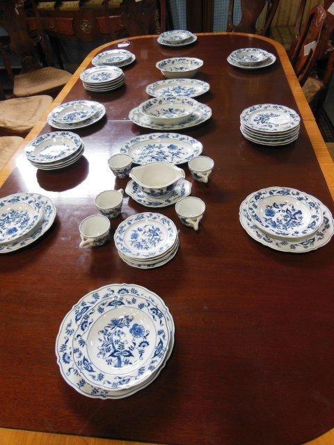 Blue Danube dinner service