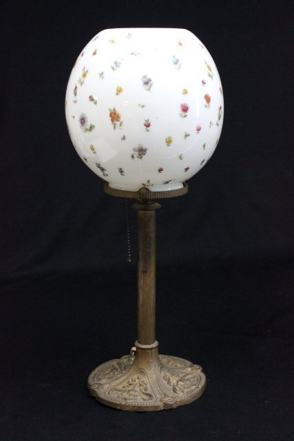"""Desk lamp with """"Floral"""" shade"""
