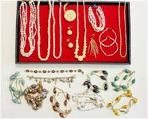 Tray of vintage costume jewelry