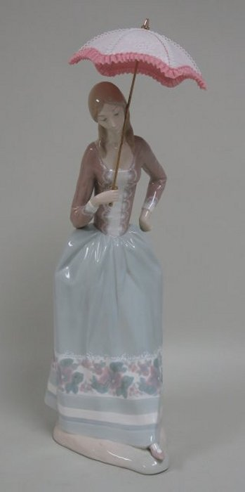 Lladro Lady Holding Parasol