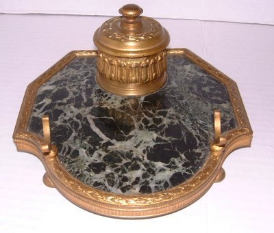 28: GREEN MARBLE & BRONZE INKWELL