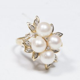 14k Gold, Pearl, & Diamond Ring