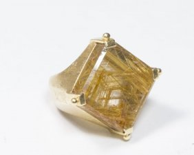 18k Gold Ladies Ring W. Gold Rutilated Quartz