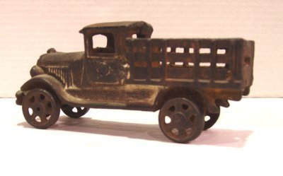 89: ANTIQUE CAST IRON TOY TRUCK