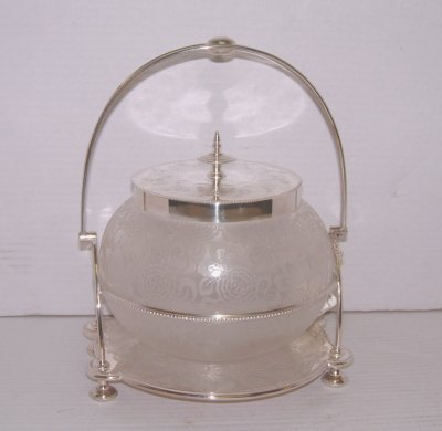 195: 19TH C.GLASS BISCUIT JAR