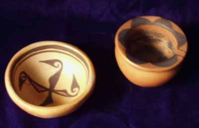 863: 2 AMERICAN INDIAN BOWLS