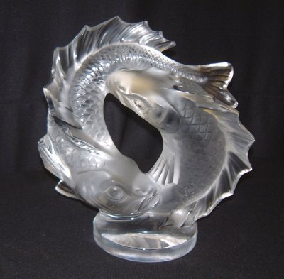 833: FROSTED GLASS LALIQUE SCULPTURE OF FISH