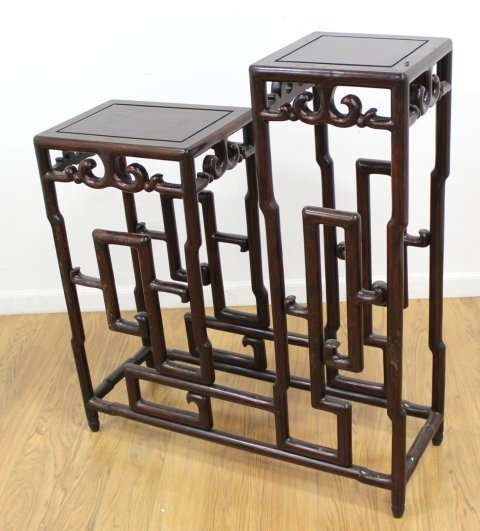 Chinese Carved Mahogany 2-Tier Etagere - 2