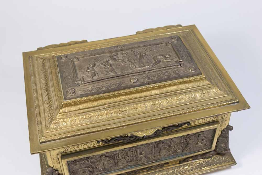 Bronze Figural Jewelry Box - 4