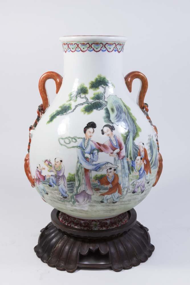 Chinese Republic Porcelain Vase - 2