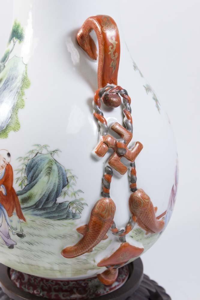 Chinese Republic Porcelain Vase - 4