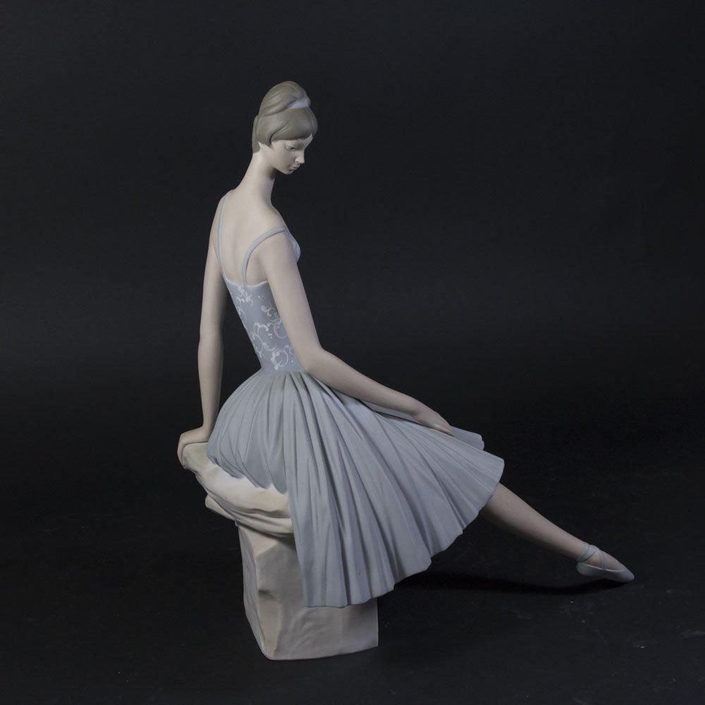Large Lladro Figure, Ballerina - 3