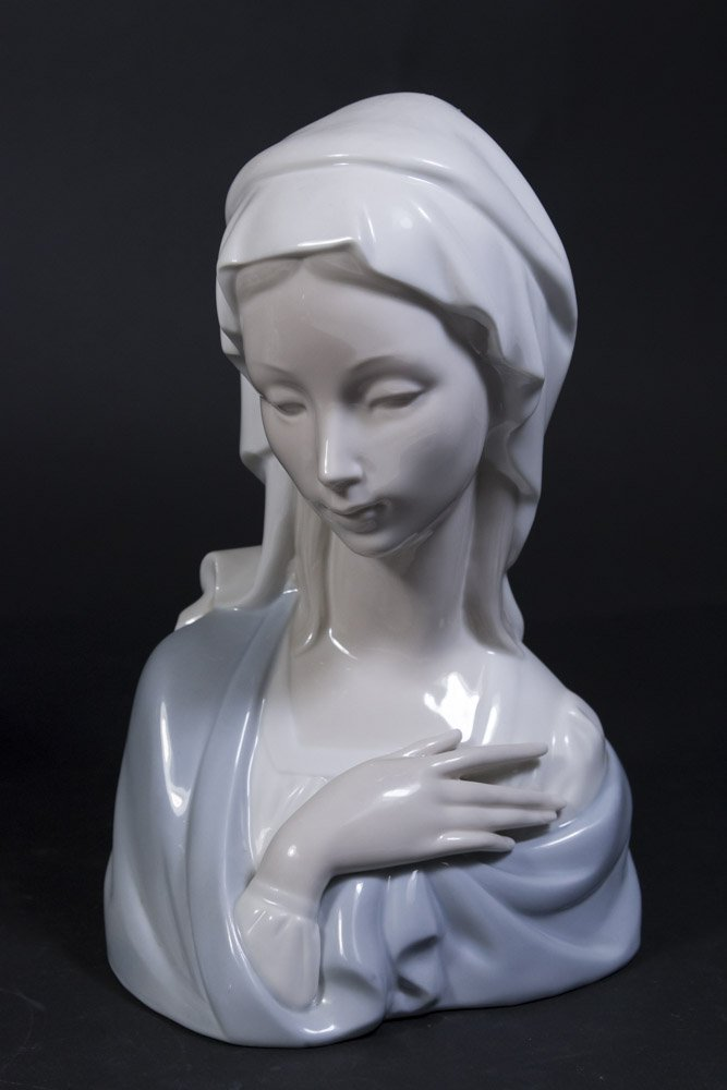 2 Lladro Busts, Lady with Flowers & Virgin Mary - 4