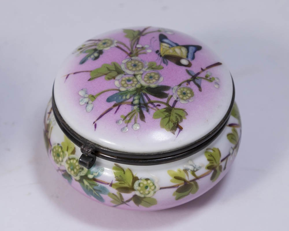 Lot of Glass and Porcelain Boxes - 2