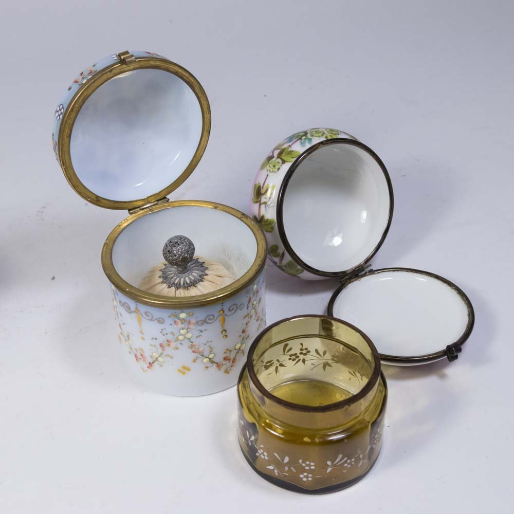 Lot of Glass and Porcelain Boxes - 6
