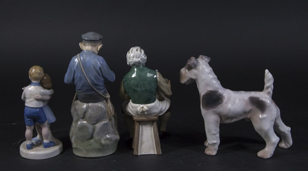 Lot of 4 Porcelain Figurines - 3