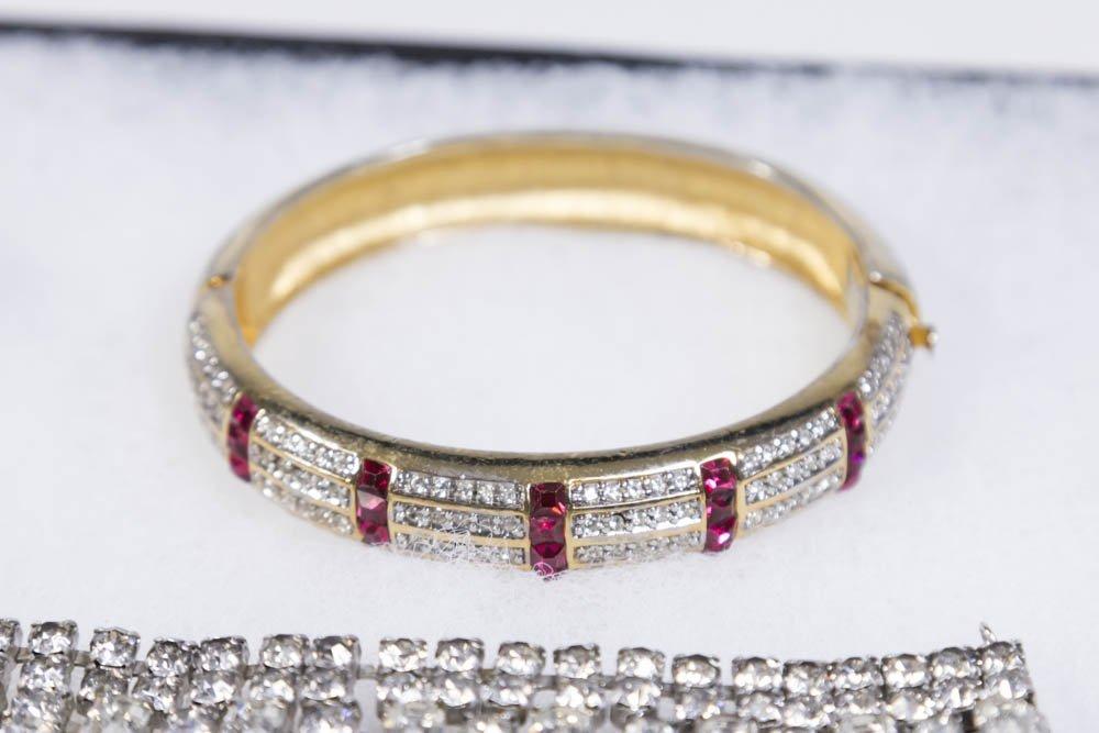 Tray of Costume Jewelry - 5