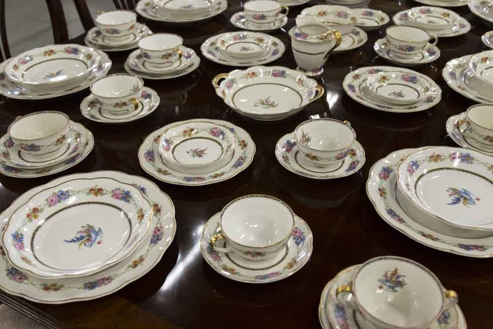 Haviland, Limoges France Dinnerware China - 2