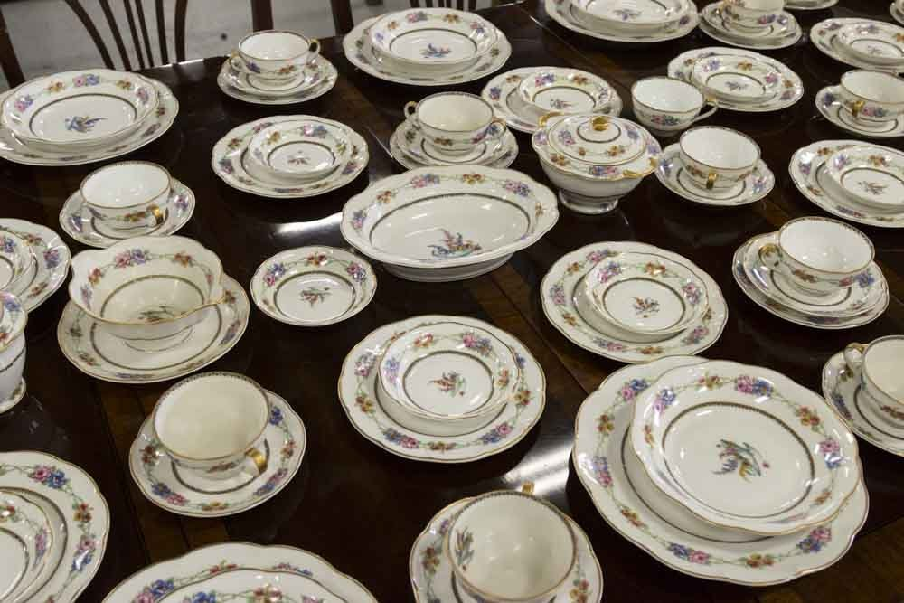 Haviland, Limoges France Dinnerware China - 3