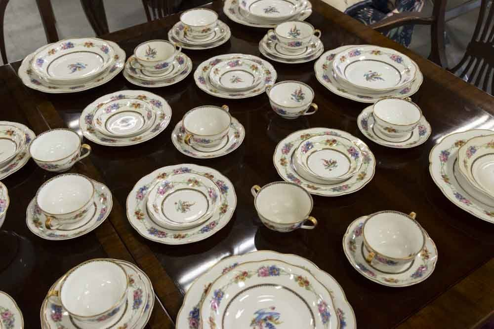 Haviland, Limoges France Dinnerware China - 4
