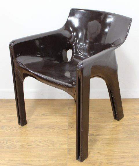 Set 4 Italian Resin Armchairs by Vico Magistretti - 2