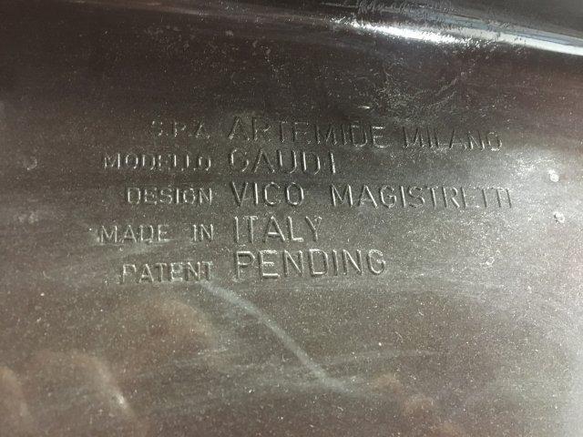 Set 4 Italian Resin Armchairs by Vico Magistretti - 4