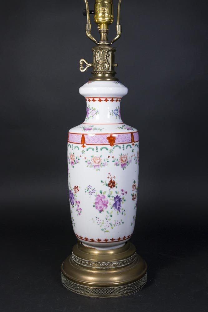 Asian Style Porcelain Lamp