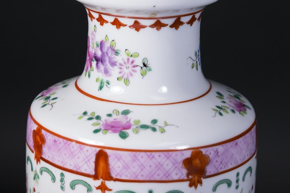 Asian Style Porcelain Lamp - 4