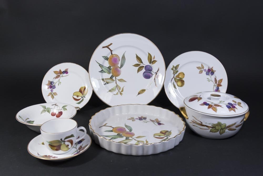 34 Pieces of Royal Worcester Evesham
