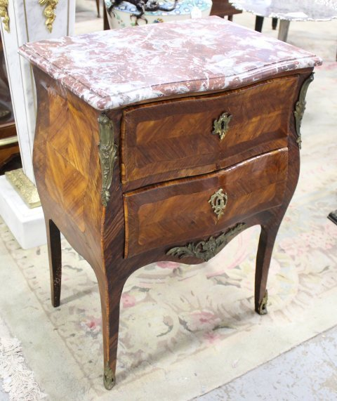 Louis XV Style Small Commode - 2
