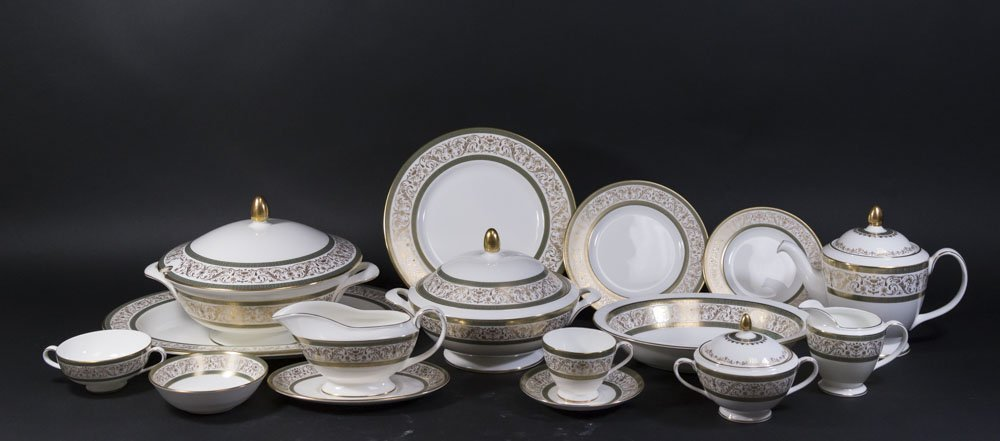 Minton Bone China Dinnerware Set
