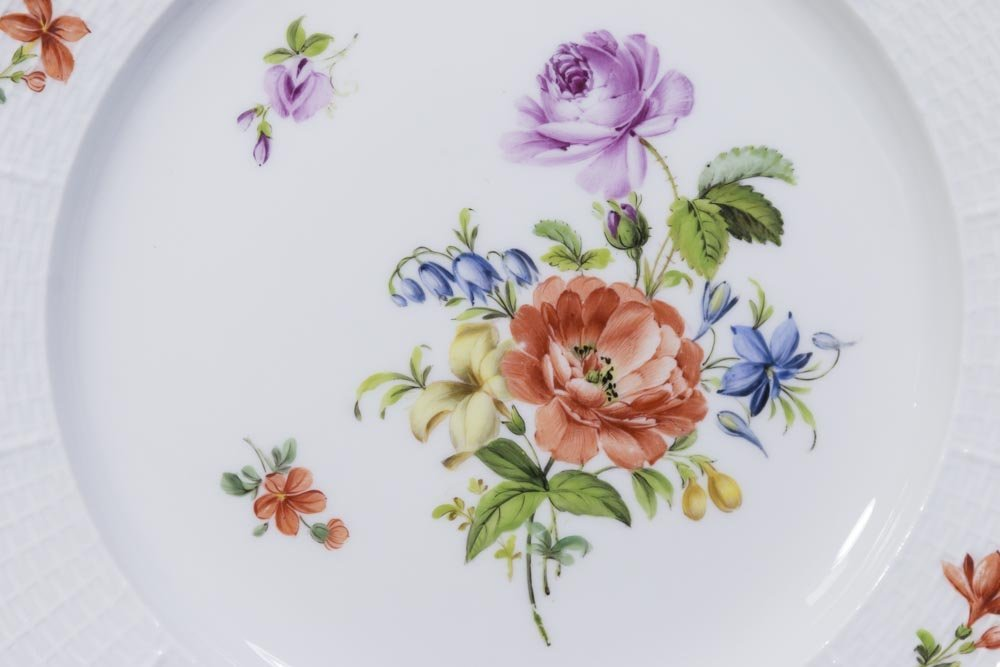 Set of 8 Meissen Floral Plates - 2